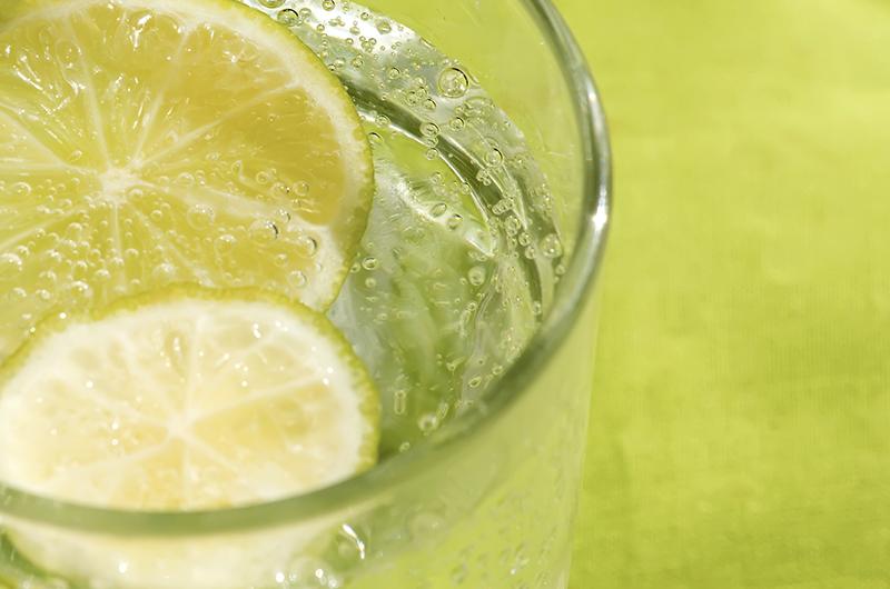 Incredible Benefits to Drinking Lemon Water