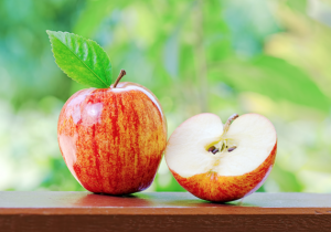 Apples before meals helps weight loss!
