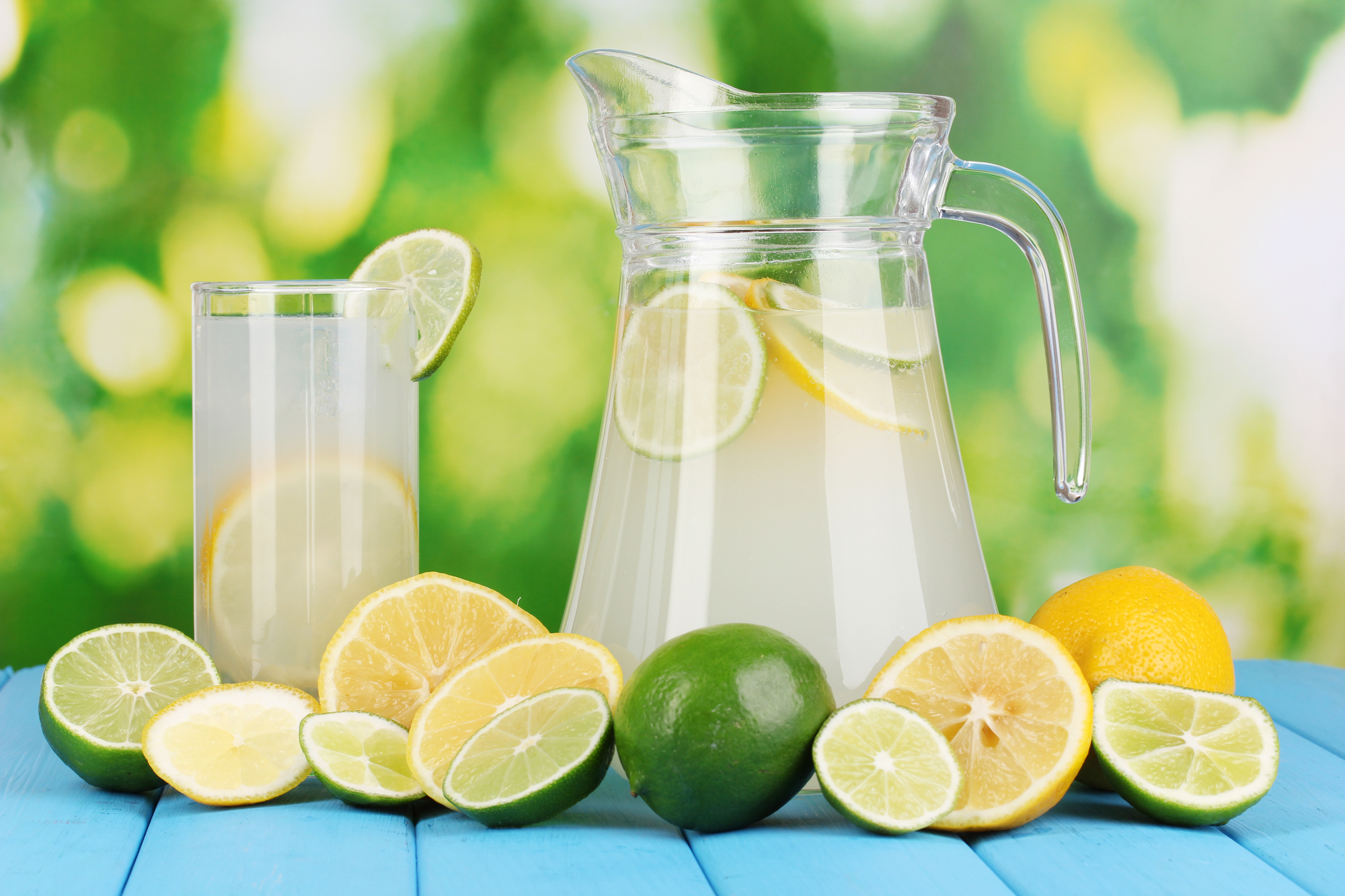 A Refreshing Lemon-Limeade to Beat the Heat